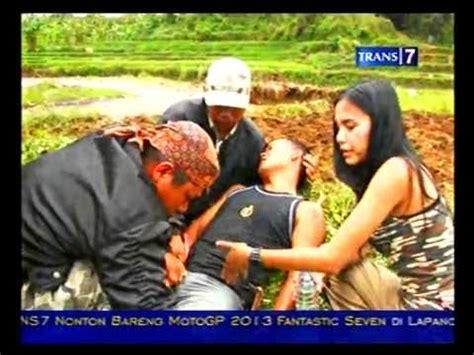 film berburu ular download berburu rusa dan buaya di papua barat 03 12 2012