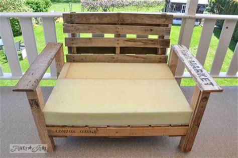 diy comfortable chair diy comfortable wooden pallet patio chair 101 pallets