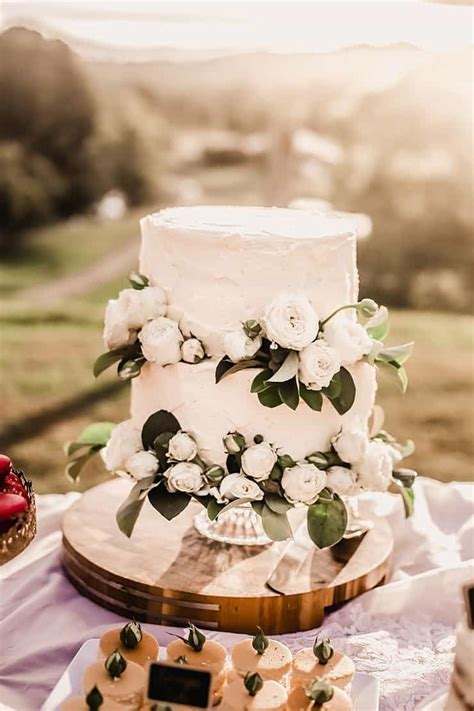 A Vibrant and Heartfelt Bohemian Wedding