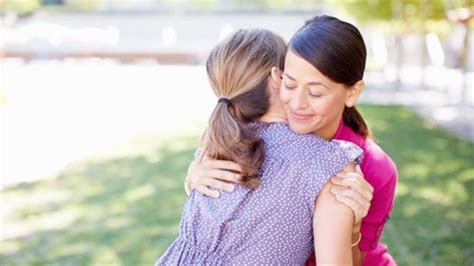 comforting someone with cancer 23 nice things you can do for someone with cancer whatnext