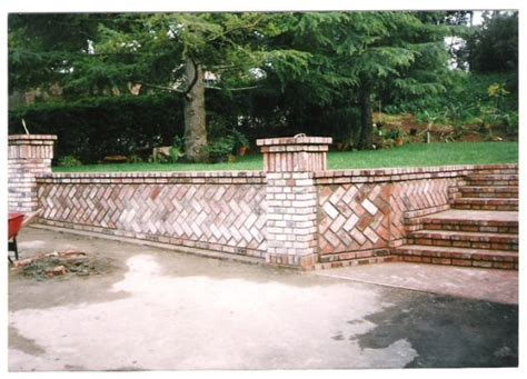 brick retaining walls build brick garden garden
