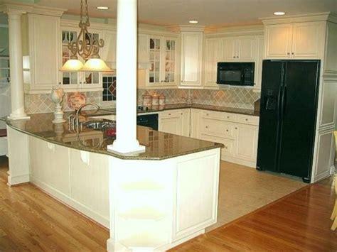 kitchen island with support columns