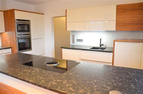 küchen unterschrank mit arbeitsplatte k 252 chenschr 228 nke mit folie bekleben