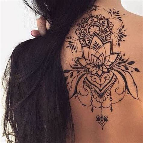 tattoo mandala feminina 25 melhores ideias sobre tatuagens femininas no pinterest