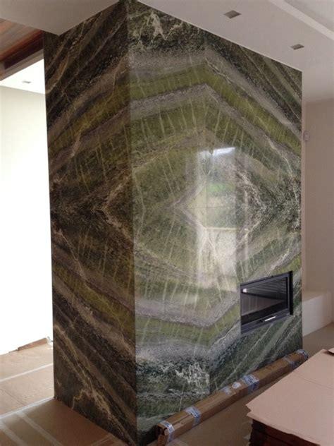 rivestimento camino in marmo rivestimento parete camino giulio cesare marmi
