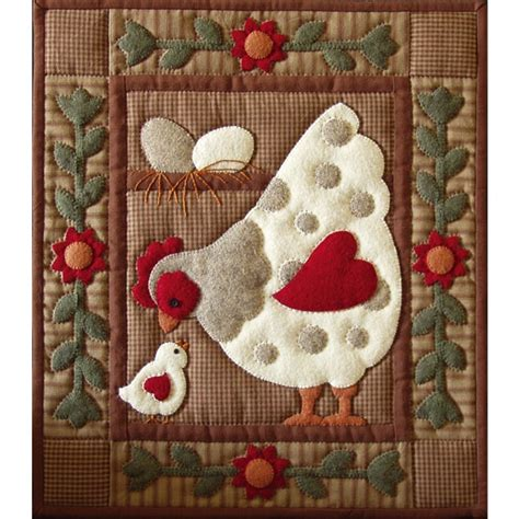 applique quilt patterns weekend kits new quilt kits make a beautiful wall