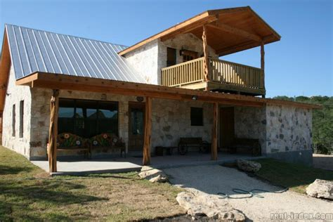 Cabins In Concan Tx by Cabin For Rent In Concan Mariposa River Road