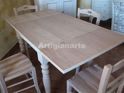 verniciare un tavolo di legno come acquistare un tavolo in legno grezzo per la tua cucina