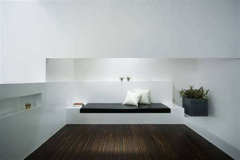minimalist white house  koichi kimura digsdigs