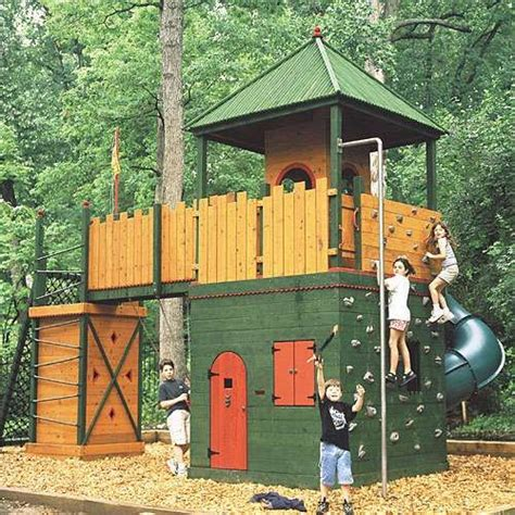 backyard play forts 25 best ideas about outdoor forts on pinterest diy tree