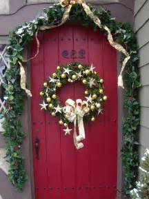 Christmas Door Decoration Ideas christmas door decorations decoist