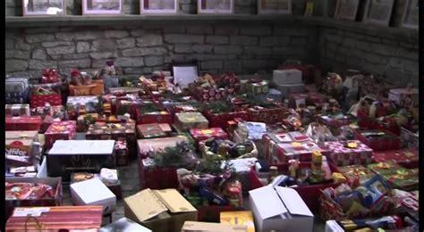 Soester Tafel Verteilt Weihnachtsp 228 Ckchen 2011