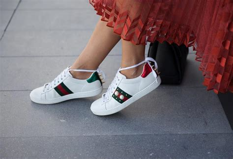 popular womens sneakers 15 most popular s sneakers of all time glowsly