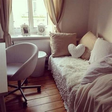 student bedroom decorating ideas 17 best ideas about student bedroom on pinterest dorms