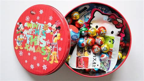 christmas party opening opening a disney lunch box learn colours with