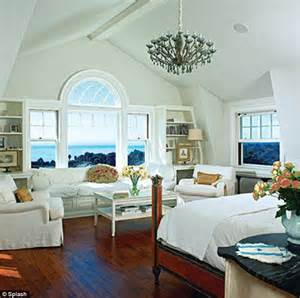 i kate house inside the 15 5m malibu mansion where kate hudson and