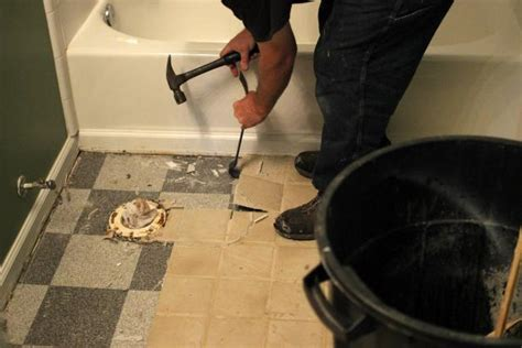 Remove Bathroom Tile by How To Remove A Tile Floor How Tos Diy
