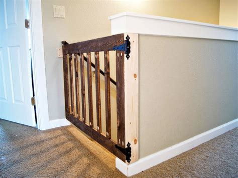 top of stairs baby gate with banister best baby gates for stairs peugen net