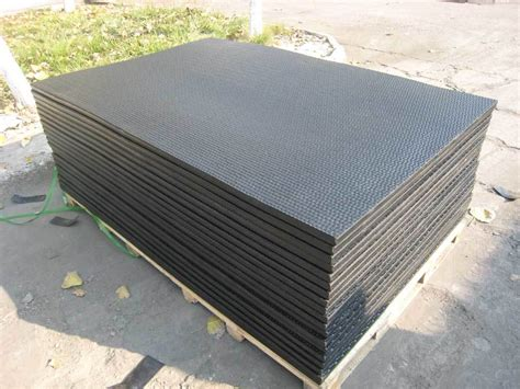 Livestock Rubber Mats by China Rubber Mats For Cattle China Trailer Mat