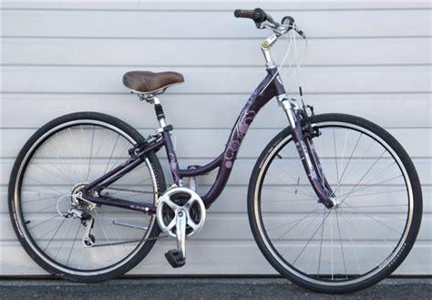 Aluminum Comfort Bike by 14 Quot Trek 7200 Wsd 24 Speed Step Through Aluminum Comfort