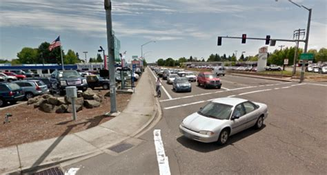 Hillsboro Oregon Arrest Records Hillsboro Tasered And Tackled Who Biked Through Stoplight Records Show