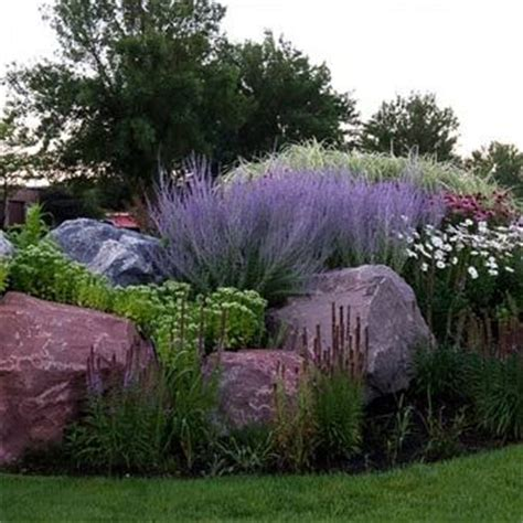 Stone Retaining Wall Hardscape Design And Retaining Walls Rock Garden Design And Construction