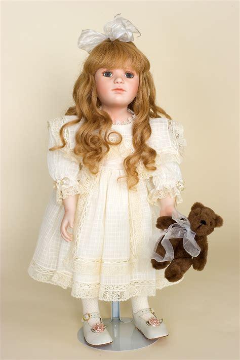 viktoriya doll elizabeth porcelain soft limited
