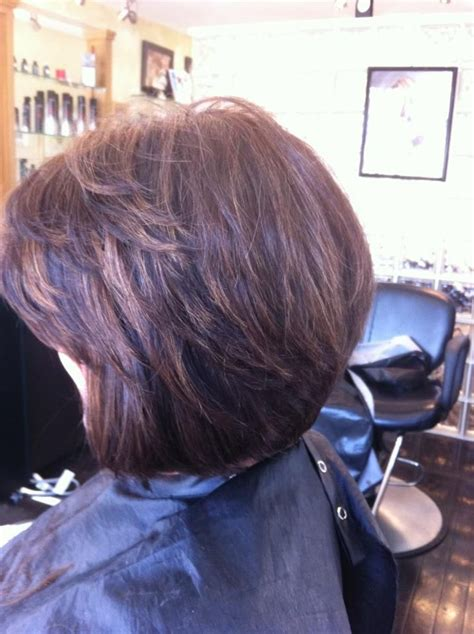 layered haircuts with highlights in crown area brunette with caramel highlights layered bob with side