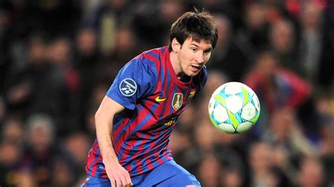 messi biography short lionel messi mini biography miscellaneous pinterest
