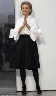 Blouse Starburks White Or Black carolina herrera puts a stylish spin on the white blouse daily mail