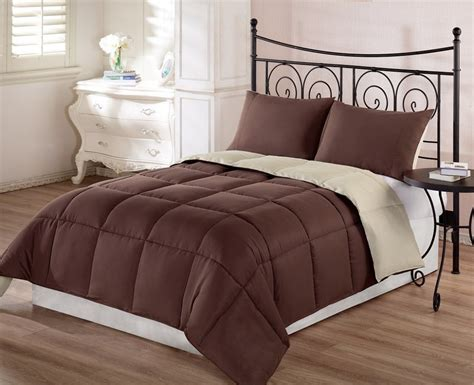 Brown Comforter by Top 10 Rich Chocolate Brown Comforters For A Bedroom