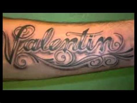 imagenes de tatuajes de nombres en la espalda tatuajes de nombres de hijos en la espalda cuello brazo y
