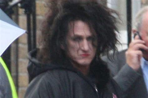 does robin mcgraw wear wigs does robin mcgraw wear a wig sean penn toupee www imgkid