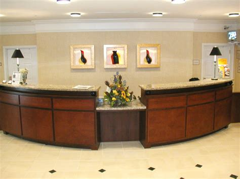 Riski Fatmawati Front Office Conversation Front Desk