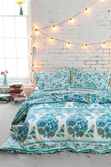 22 delightful diy string lights in the bedroom home 22 delightful diy string lights in the bedroom
