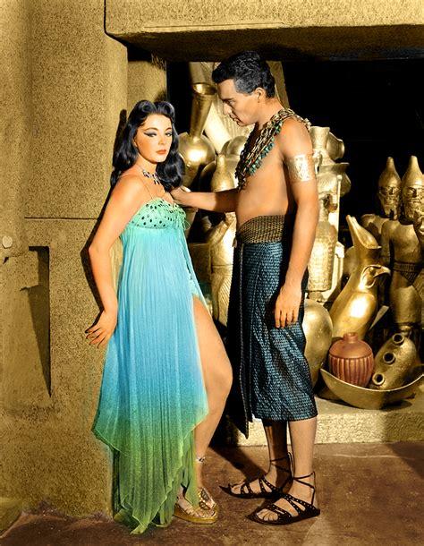 biografia de cleopatra reina de egipto sus amores historia la verdadera historia de cleopatra taringa