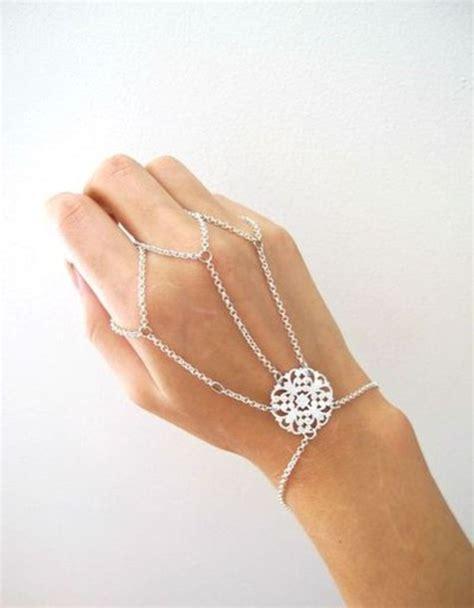 Jewels: bracelets, pretty, chain, silver, jewel, hand chain, bracelets, siver, braclets, ring
