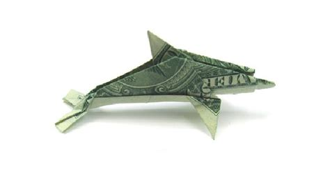 Dollar Bill Origami Fish - origami is amazing the traditional japanese or