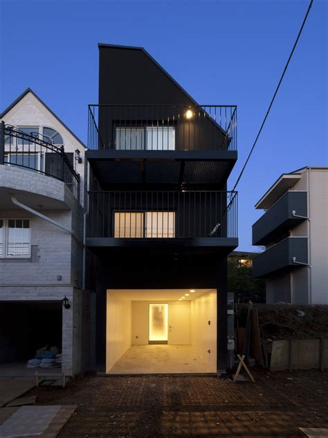 tokyo house house contrast key operation archdaily