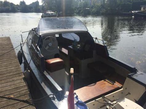 motorboot met trailer te koop engelse motorboot birchwood 18 continental te koop 5 8