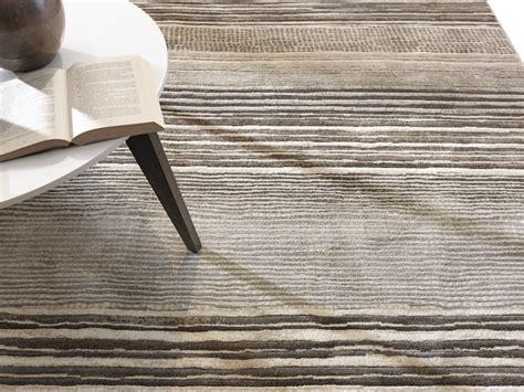 tappeti a righe tappeto a righe idee per il design della casa