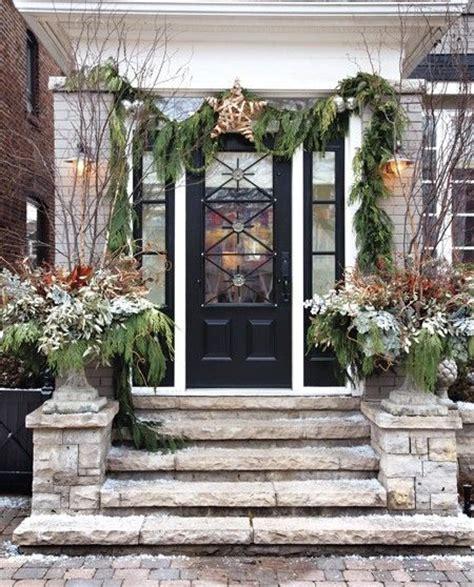 outside entryway ideas festive entry outdoor christmas decor pinterest