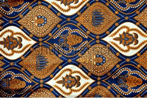 pattern maker indonesia batik hand painting indonesia art craft projects