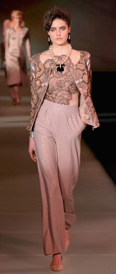 Armani Creates Wedding Wardrobe For And Bridesmaids by 25 Best Ideas About Armani Prive On Veil