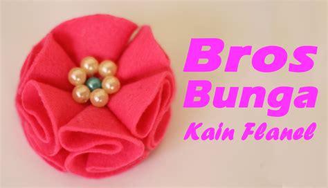 membuat bros bunga mutiara  kain flanel