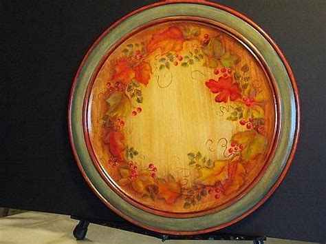colors  fall decorative plate project  decoart