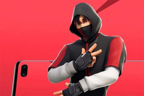 Samsung Galaxy S10 X Fortnite by Fortnite Tenue Ikonik Nouveau Pack En Partenariat Avec Samsung Breakflip Actualit 233 Esport