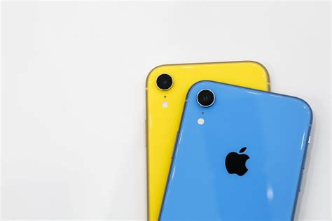 apple s iphone xr bad marketing or sneakily clever zdnet