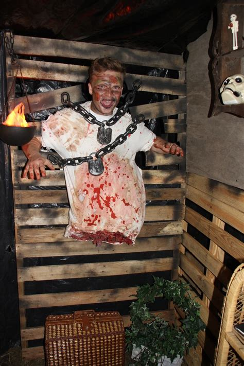 halloween haunted house ideas best 25 haunted house props ideas on pinterest cool halloween decorations