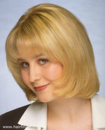 bobs of the 90s short hairstyles alfa img showing gt 1990s hairstyles for women 1990s short